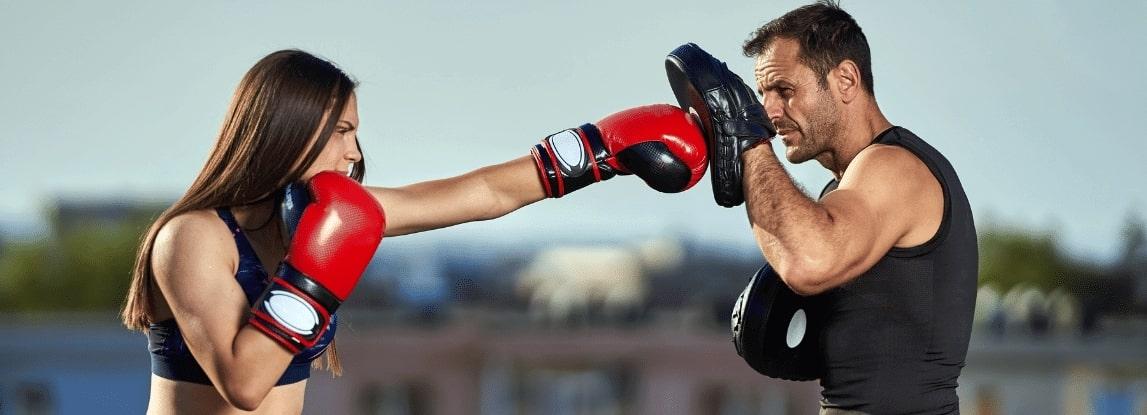 Tarcze bokserskie - główne korzyści płynące z ich stosowania